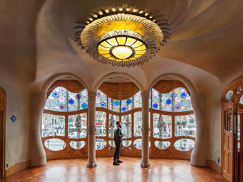 Inside Of Casa Batllo 1906 Designed By Antoni Gaudi Leader Catalan Modernismo Barcelona
