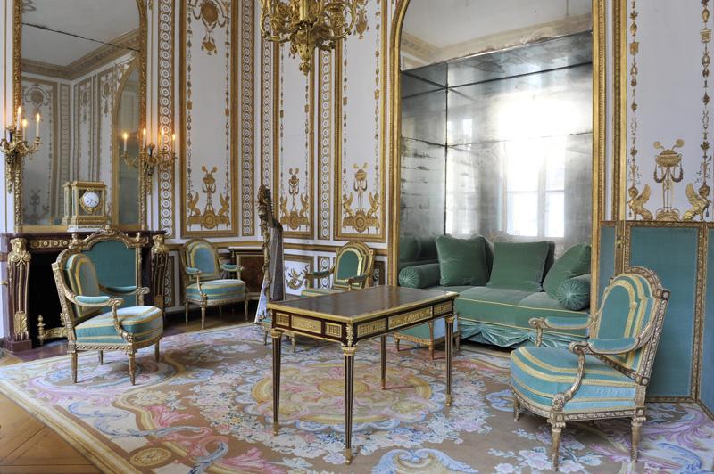Marie Antoinette, Marie Antoinette Furniture
