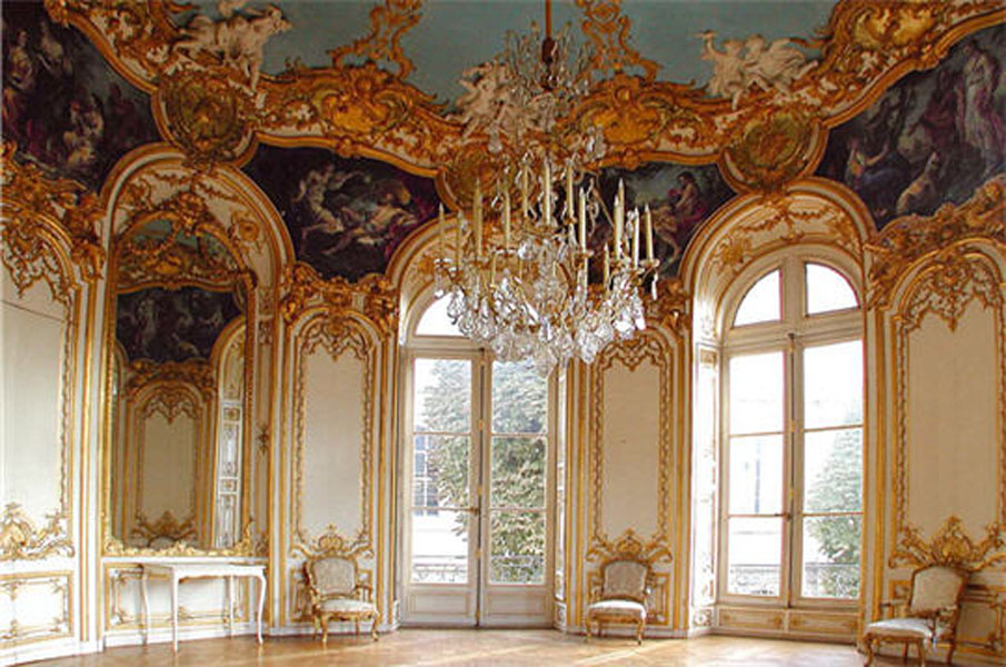 Louis xv style for French rococo period