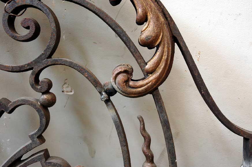 Door gates in cast iron and wrought iron.-4