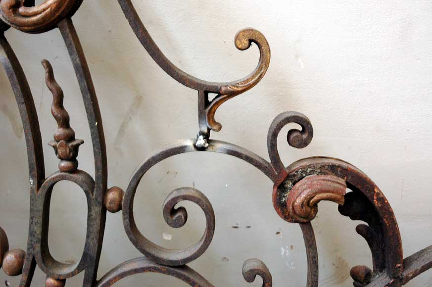 Door gates in cast iron and wrought iron.-5