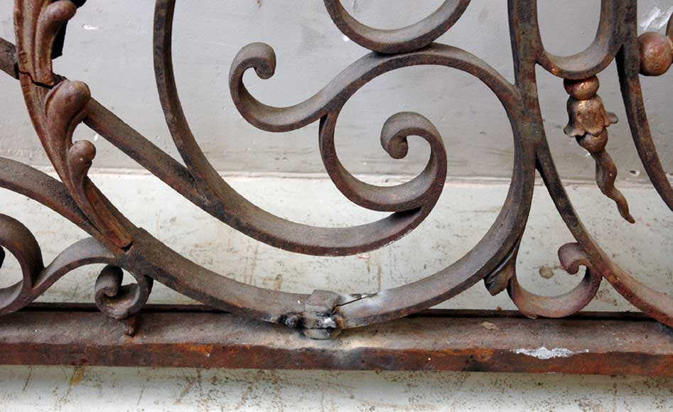 Door gates in cast iron and wrought iron.-6