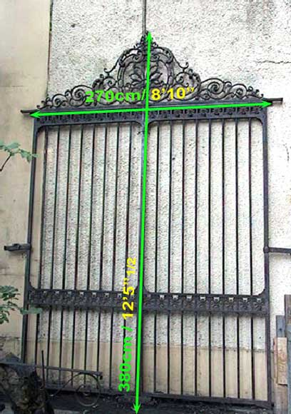 Door gates in cast iron and wrought iron.-14