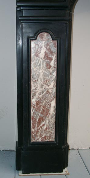 18th Century Fireplace Mantel In Two Colors Of Marble Marble
