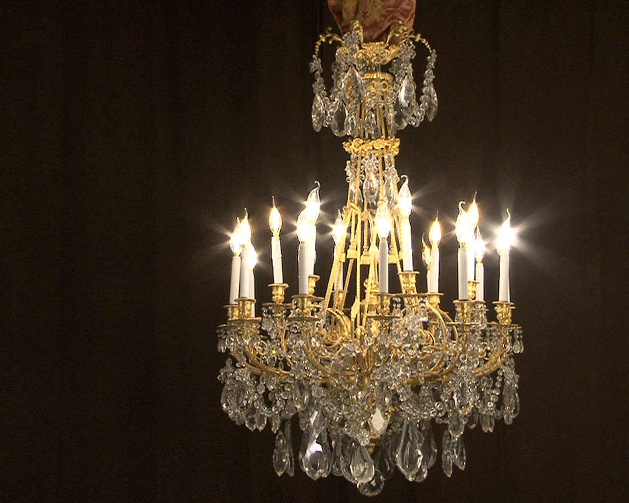 Large bronze and cristal chandelier with tassels-1
