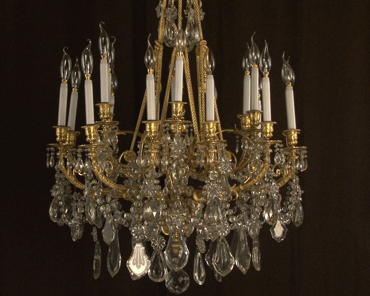 Large bronze and cristal chandelier with tassels-2