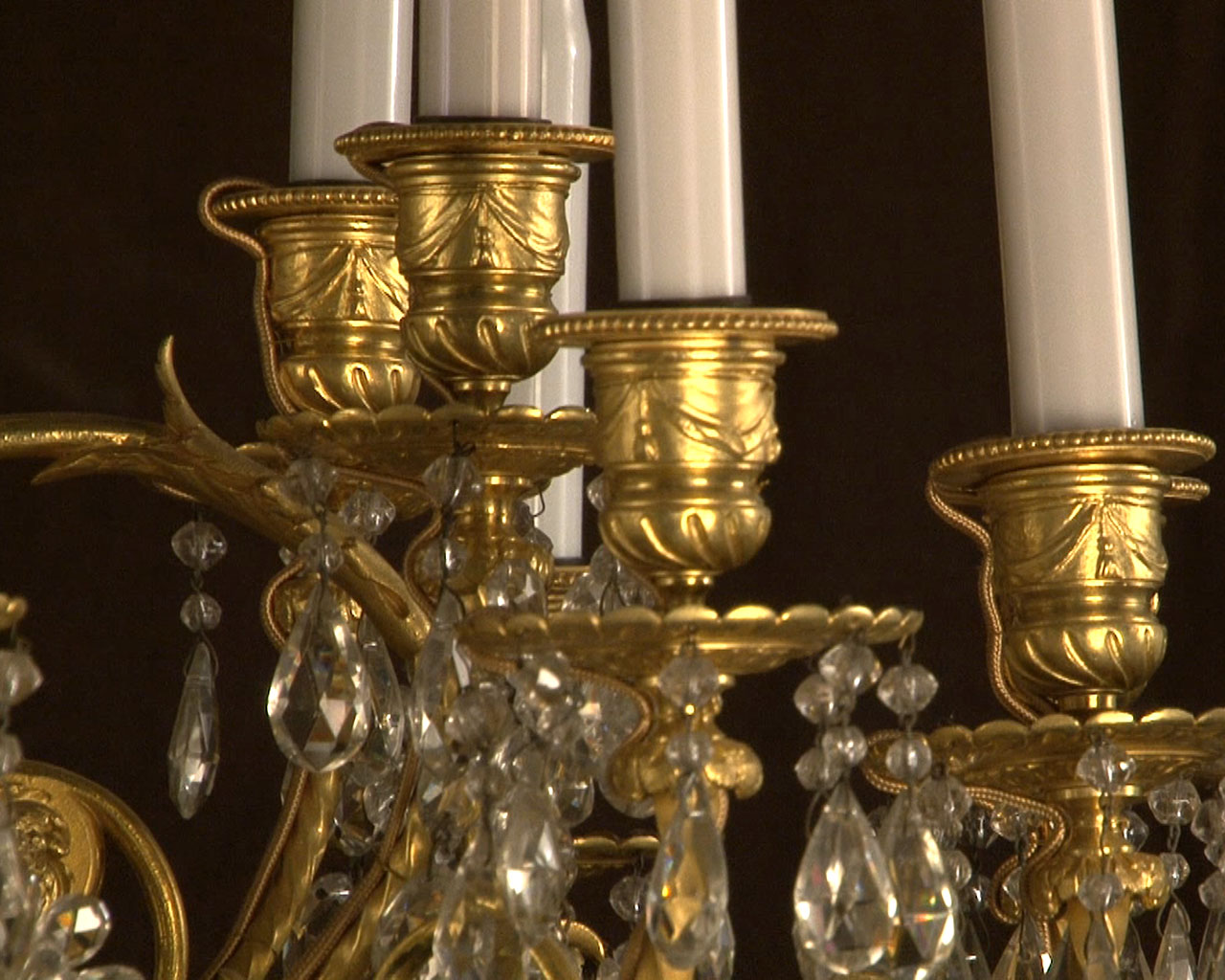 Large bronze and cristal chandelier with tassels-12