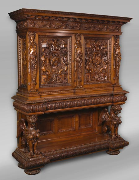A sumptuous sculpted credenza coming from an exceptional furniture set realized by Moses Michelangelo Guggenheim for the Palazzo Papadopoli in Venice, Italy-1
