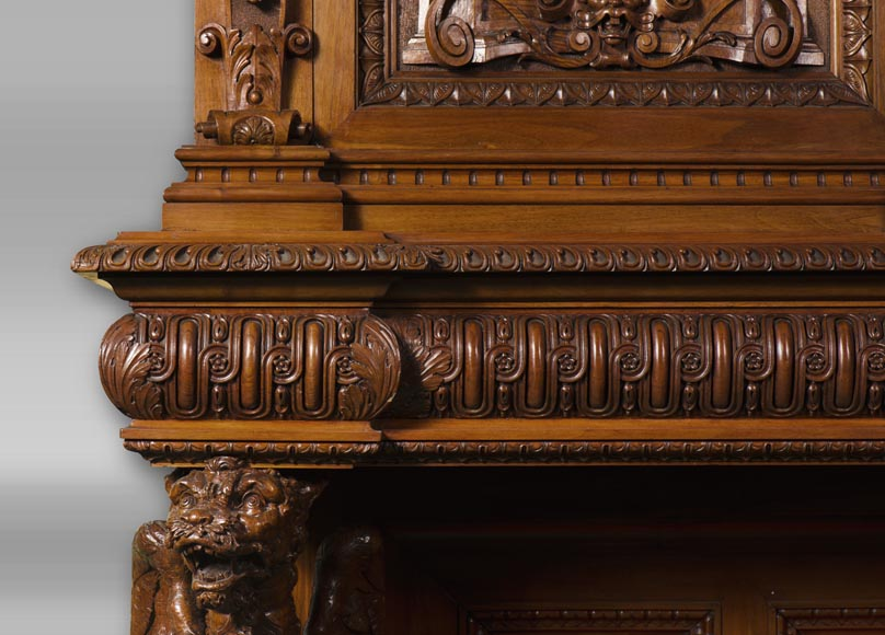 A sumptuous sculpted credenza coming from an exceptional furniture set realized by Moses Michelangelo Guggenheim for the Palazzo Papadopoli in Venice, Italy-13