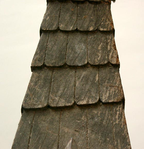 Two wooden roof finials - Decorative elements
