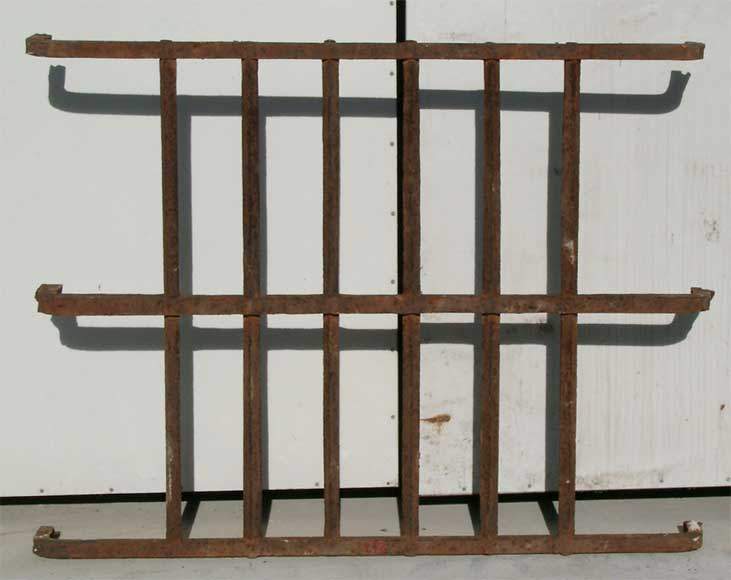 Protective grille from castle in Laon - Reference 0474