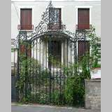 Wrought iron gate with 20 meters of railing