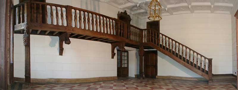 Grand staircase from the castle of Draveil - Reference 0716
