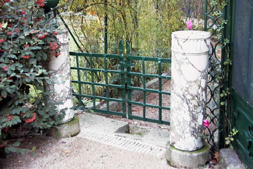 Pair of marble columns-1