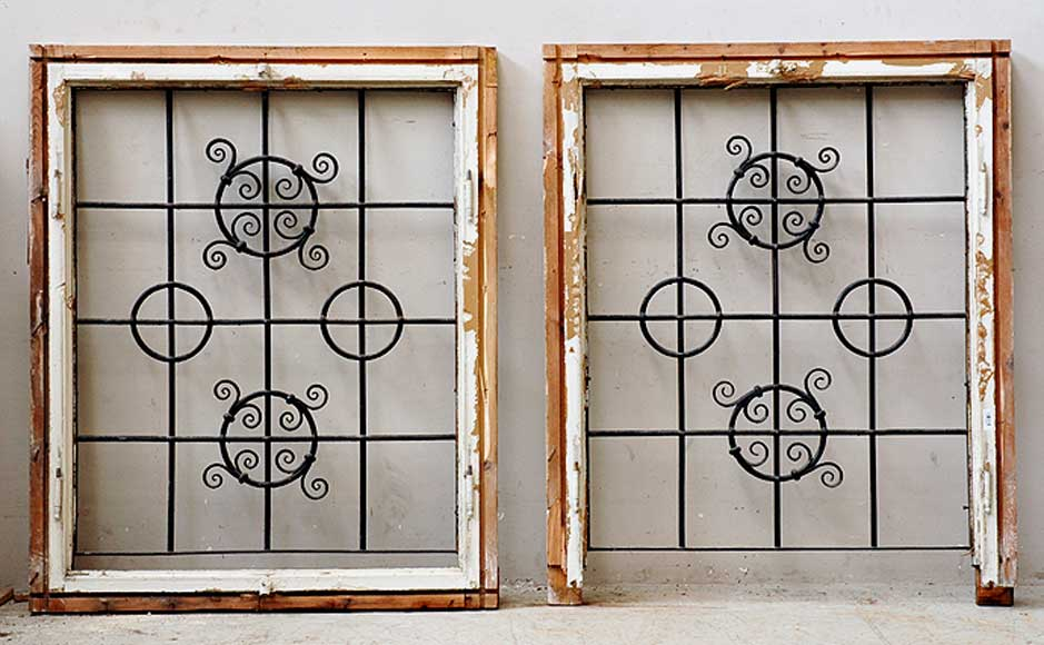 Pair of square wrought iron windows - Reference 0911