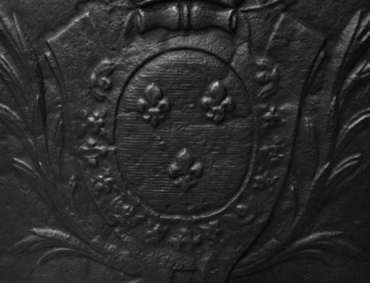 Antique 18th century fireback with the French coat of arms-1