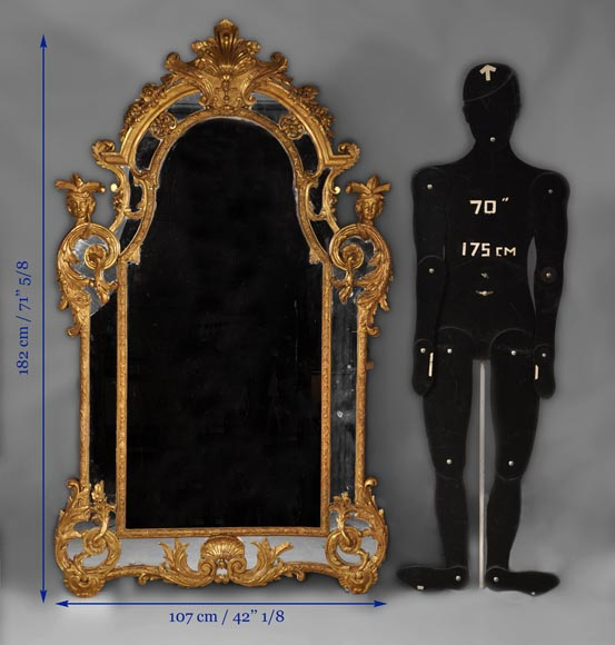 Beautiful antique Regency style mirror, Napoleon III period, made out of carved and gilded wood with espagnolettes decor-9