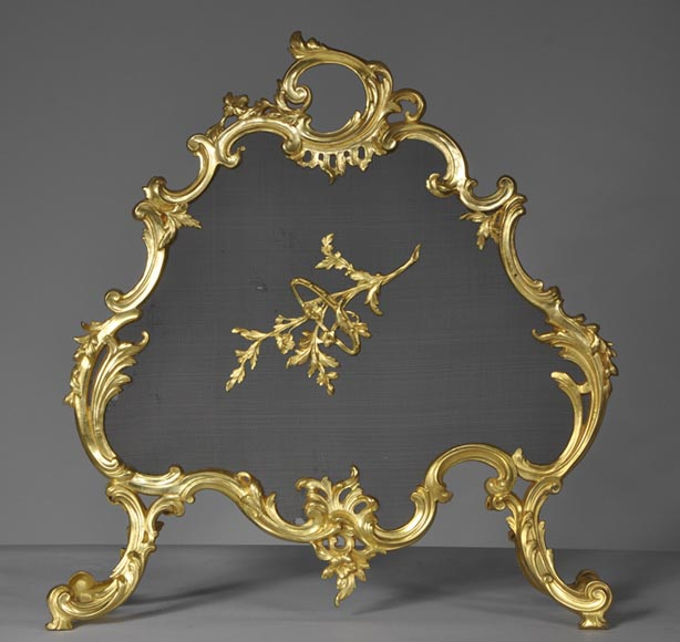 Antique Louis XV style fire screen made out of gilded bronze - Reference 10092