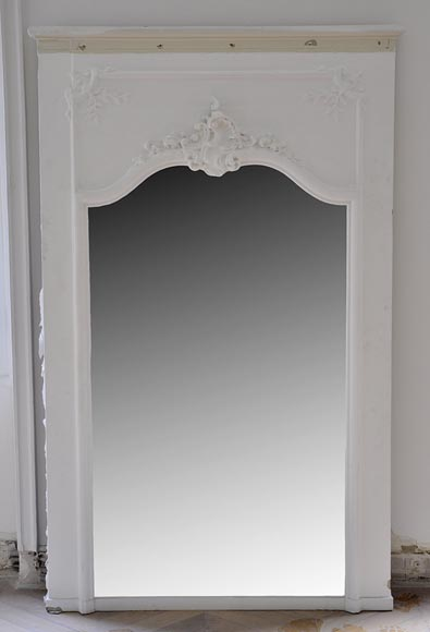 Antique Louis XV style pier glass with Rococo shell - Reference 10100