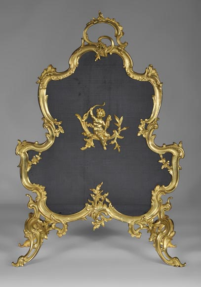 Beautiful antique Louis XV style fire screen with Cupid - Reference 10156