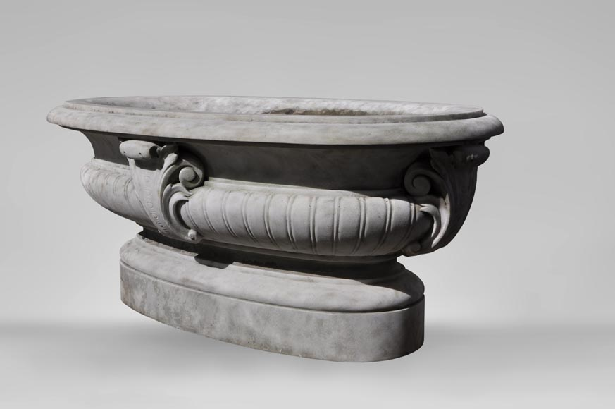 Antique pair of planters in white Carrara marble-3