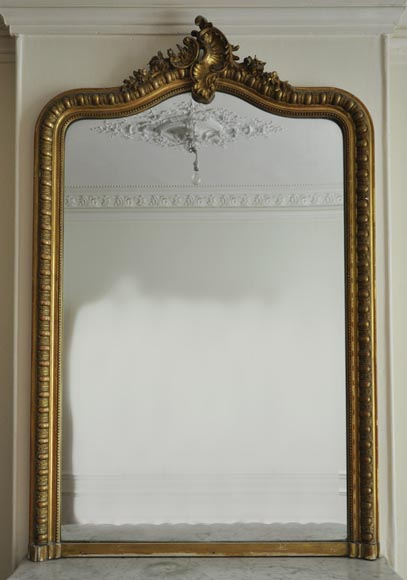 Antique Louis XV style overmantel mirror with Rococo shell - Reference 10229