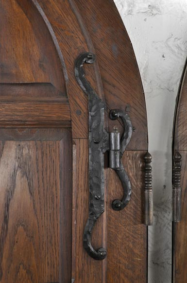 Important pair of doors in oak with flaps-8
