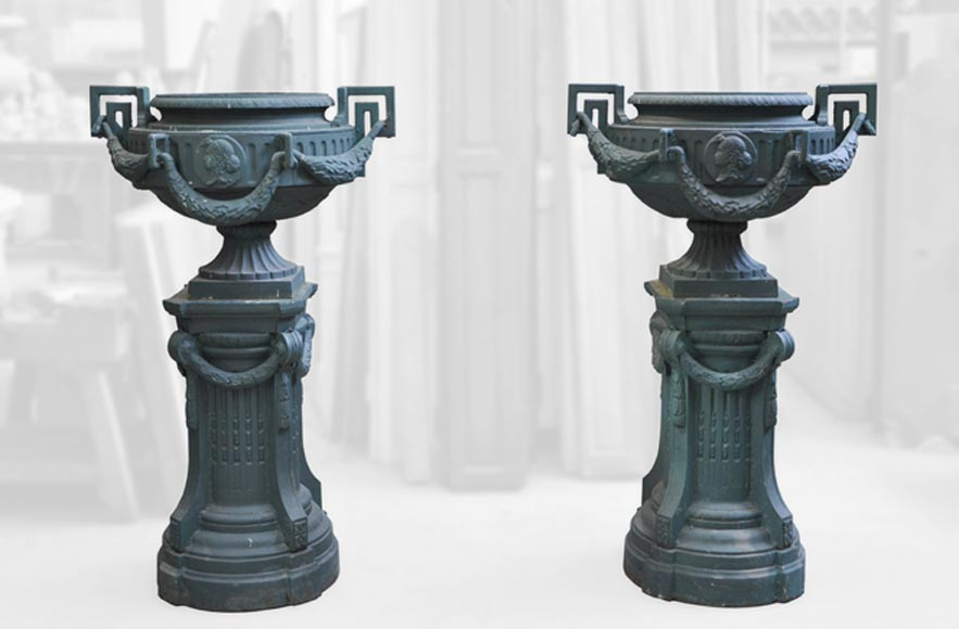 Pair of cast iron Louis XVI style vase with theirs originals bases-0