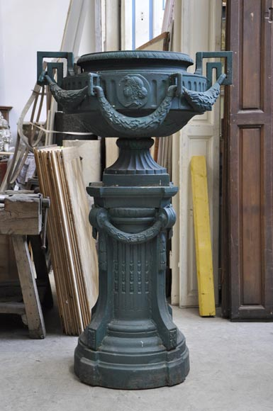 Pair of cast iron Louis XVI style vase with theirs originals bases-1