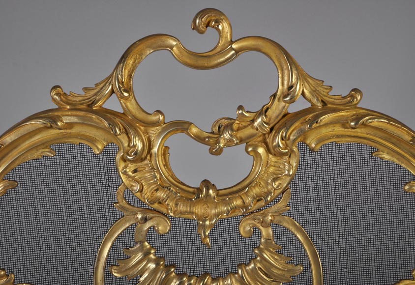 Antique Louis XV style gilt-bronze fire screen, 19th century, foliages and flowers decor-2