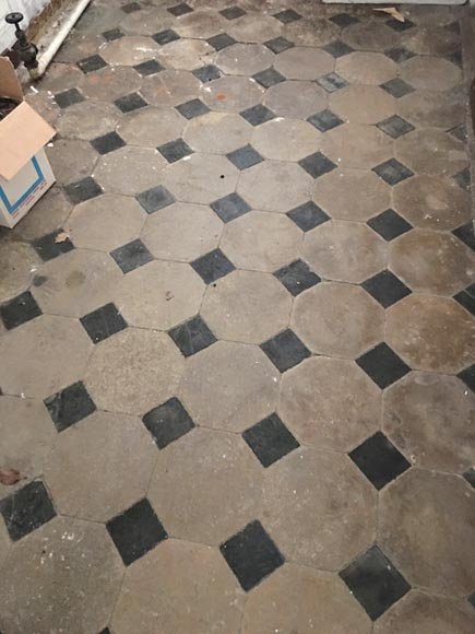 Antique cabochon floor from the 18th century, stone and slate - Reference 10359
