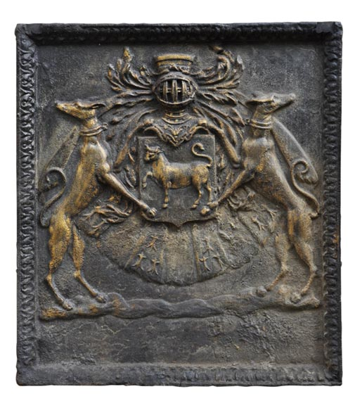 Important antique fireback with Jean Bouhier de Savigny coat of arms, first half of the 18th century-0