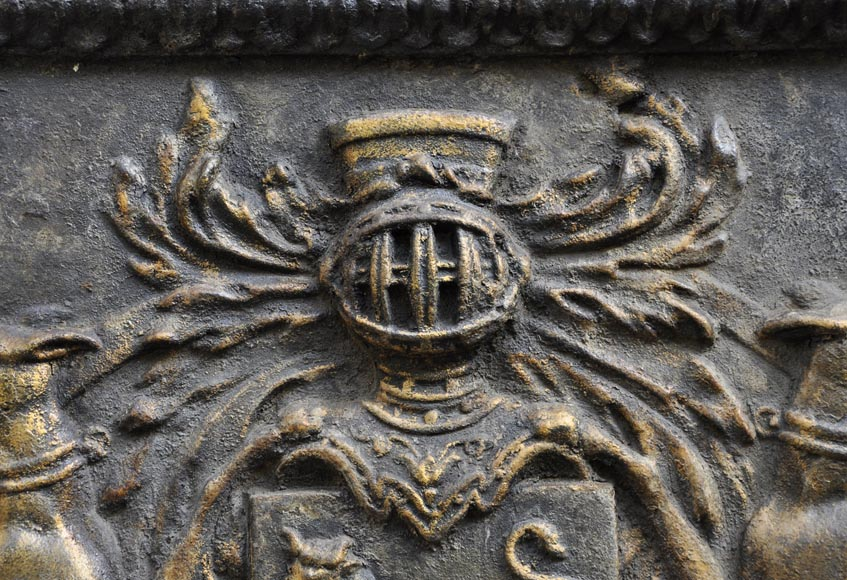 Important antique fireback with Jean Bouhier de Savigny coat of arms, first half of the 18th century-2