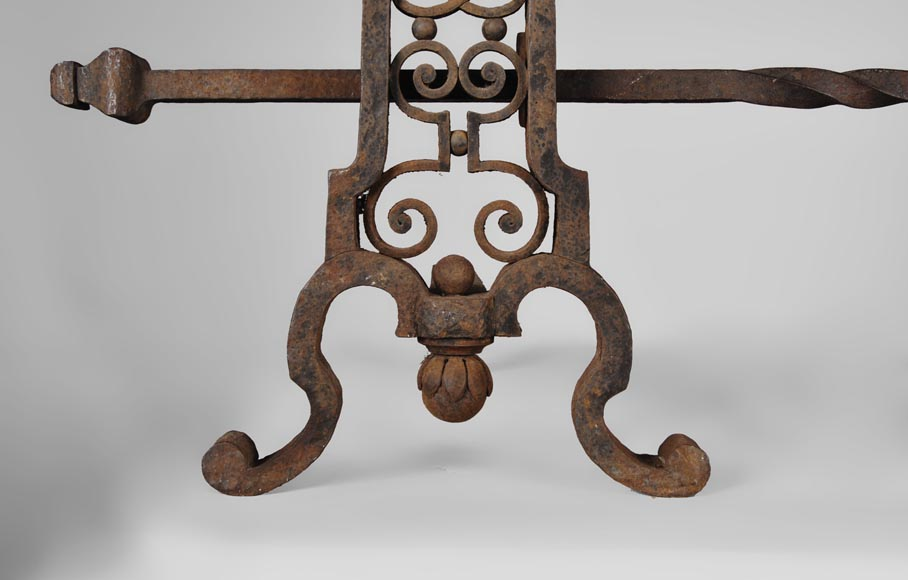 Important pair of wrought iron andirons, 19th century-7