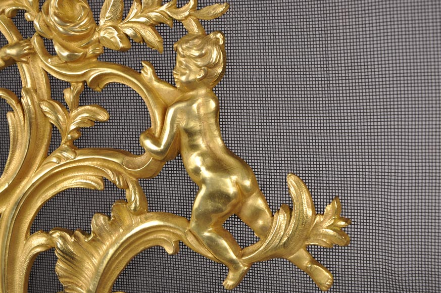 Antique Louis XV style gilt bronze fire screen with playing children, 19th century-2