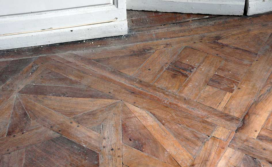 Paneled room and rare parquet flooring from the 18th century-24