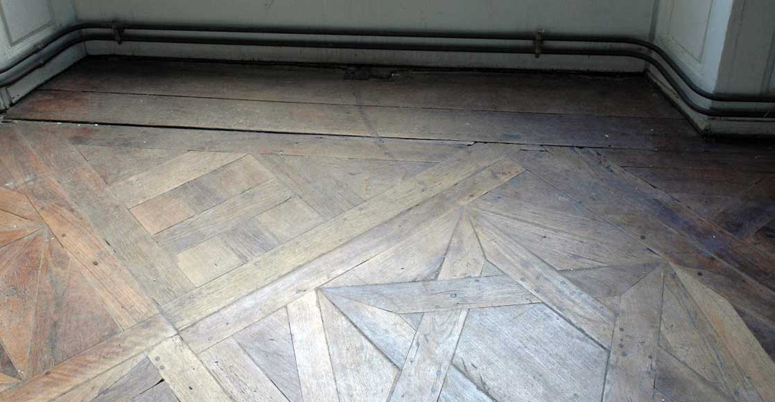 Paneled room and rare parquet flooring from the 18th century-26