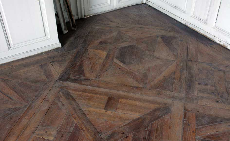 Paneled room and rare parquet flooring from the 18th century-29