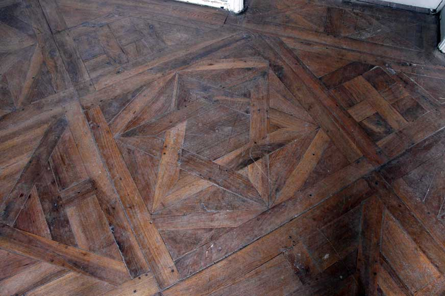 Paneled room and rare parquet flooring from the 18th century-30