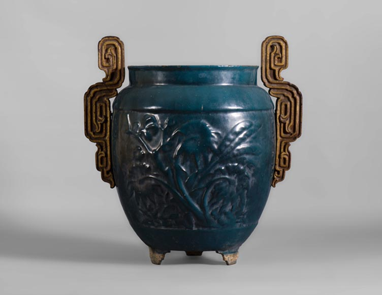 Beautiful antique garden vase in blue enameled cast iron, 19th century-0