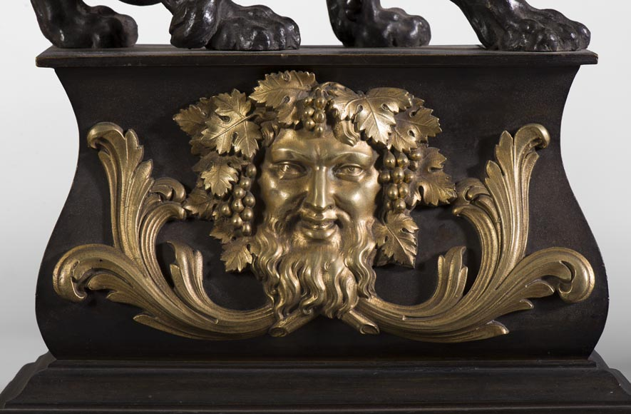 Pair of antique andirons in patinated bronze and gilt bronze with lions and Bacchus' masks, from 19th century.-3