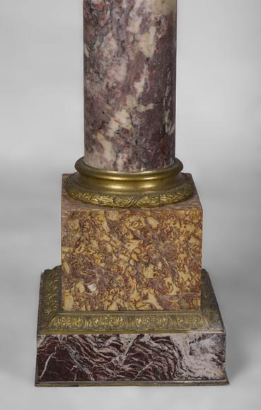 Very beautiful antique pair of columns in Breccia Violet marble, Yellow Brocatelle and Red Levanto with gilt bronze ornaments-8