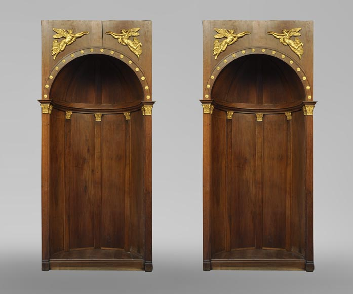Pair of walnut and gilt stucco alcoves, Louis-Philippe style, with Allegory of Renown-0