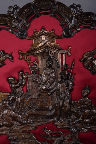 Maison MARNYHAC (att. to) - Antique Chinese style firescreen in brown patina bronze, second half of the 19th century-1