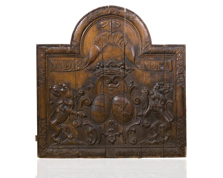 Rare antique fireback carved wooden model, with wedding coat of arms of Nicolas de Massenbach and Françoise d'Helmstadt, dated 1710-0