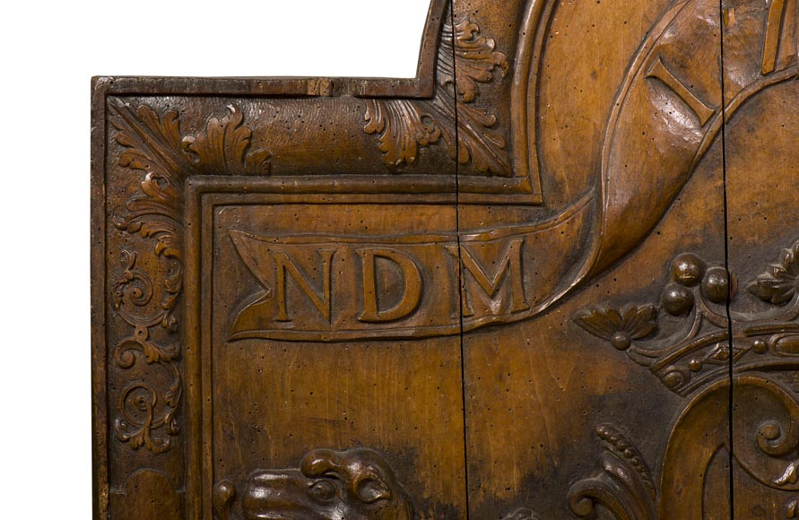 Rare antique fireback carved wooden model, with wedding coat of arms of Nicolas de Massenbach and Françoise d'Helmstadt, dated 1710-5