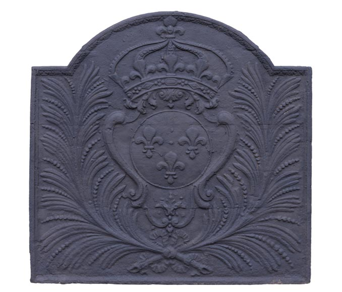 Large antique cast iron fireback with French coat of arms, late 18th century - Reference 10562