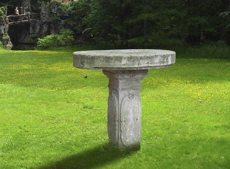 Antique garden table in limestone with engraved decoration, 19th century - Reference 10586