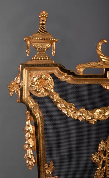 Antique Napoleon III style firescreen made of gilt bronze with dancer and opulent decor-4