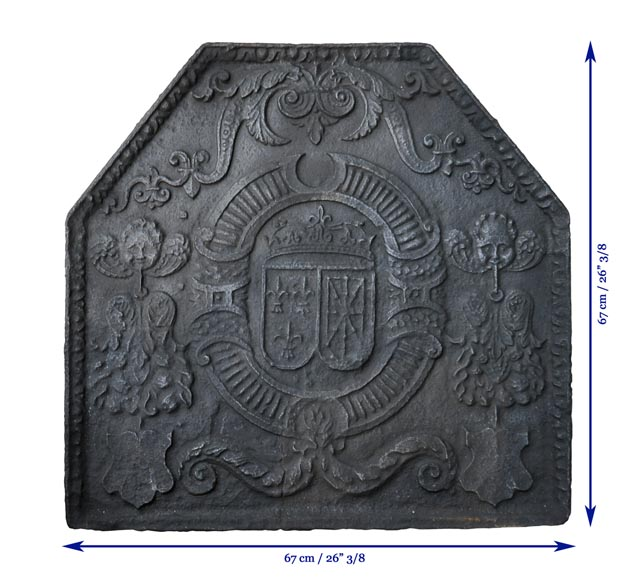 Beautiful 18th-century cast iron fireback with the France and Navarra coat of arms-8